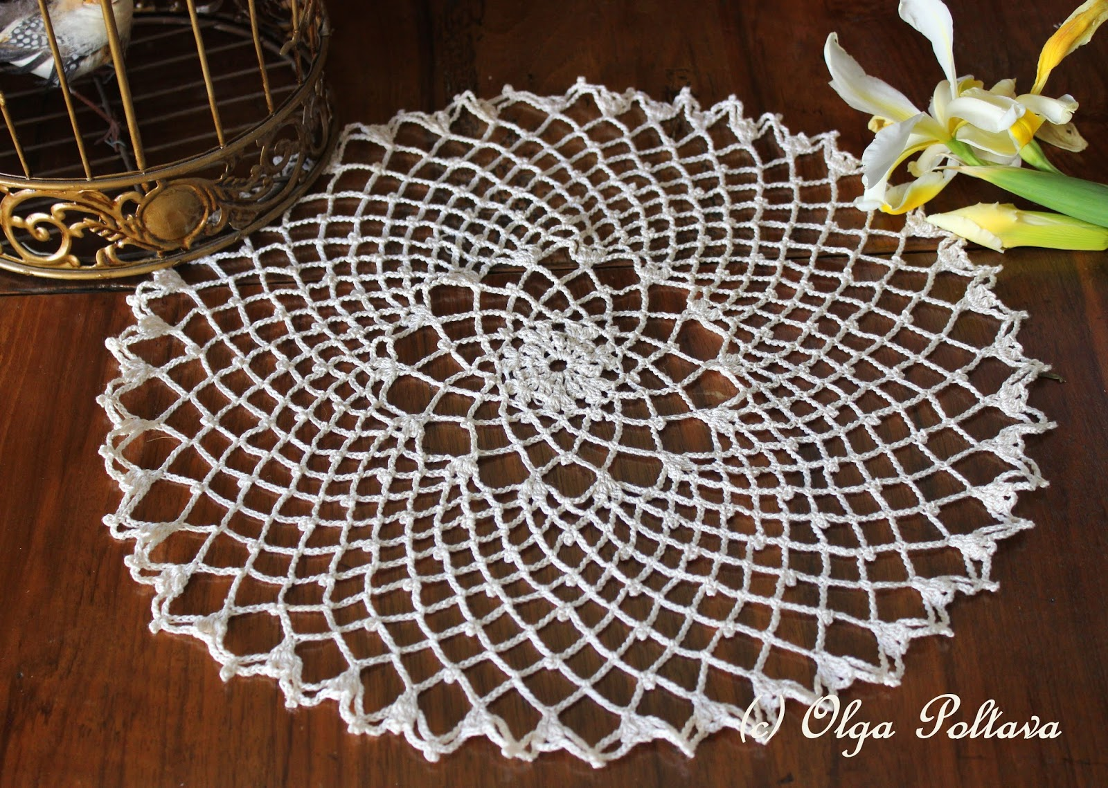 Crochet Doily Patterns Free For Beginners : Lacy Crochet: Clusters, Chains and Picots Doily, My Free ...