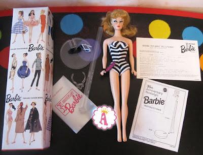 Кукла барби 1959 года в купальнике, коробка, подставка, обувь и очки
