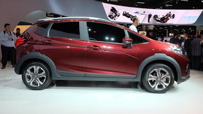 New 2017 Honda WRV side angle image