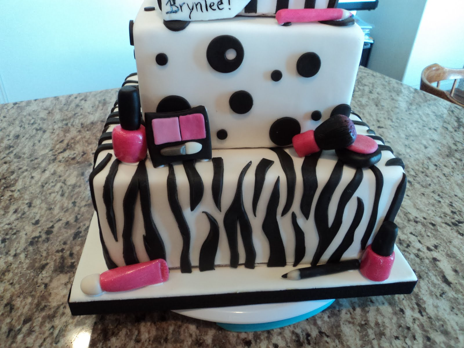 Delectable Cakes Black And White Make Up Cake