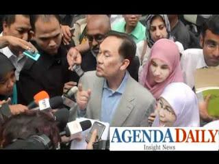 Anwar Ibrahim Kritik Pakatan Mahathir dan Presiden DAP