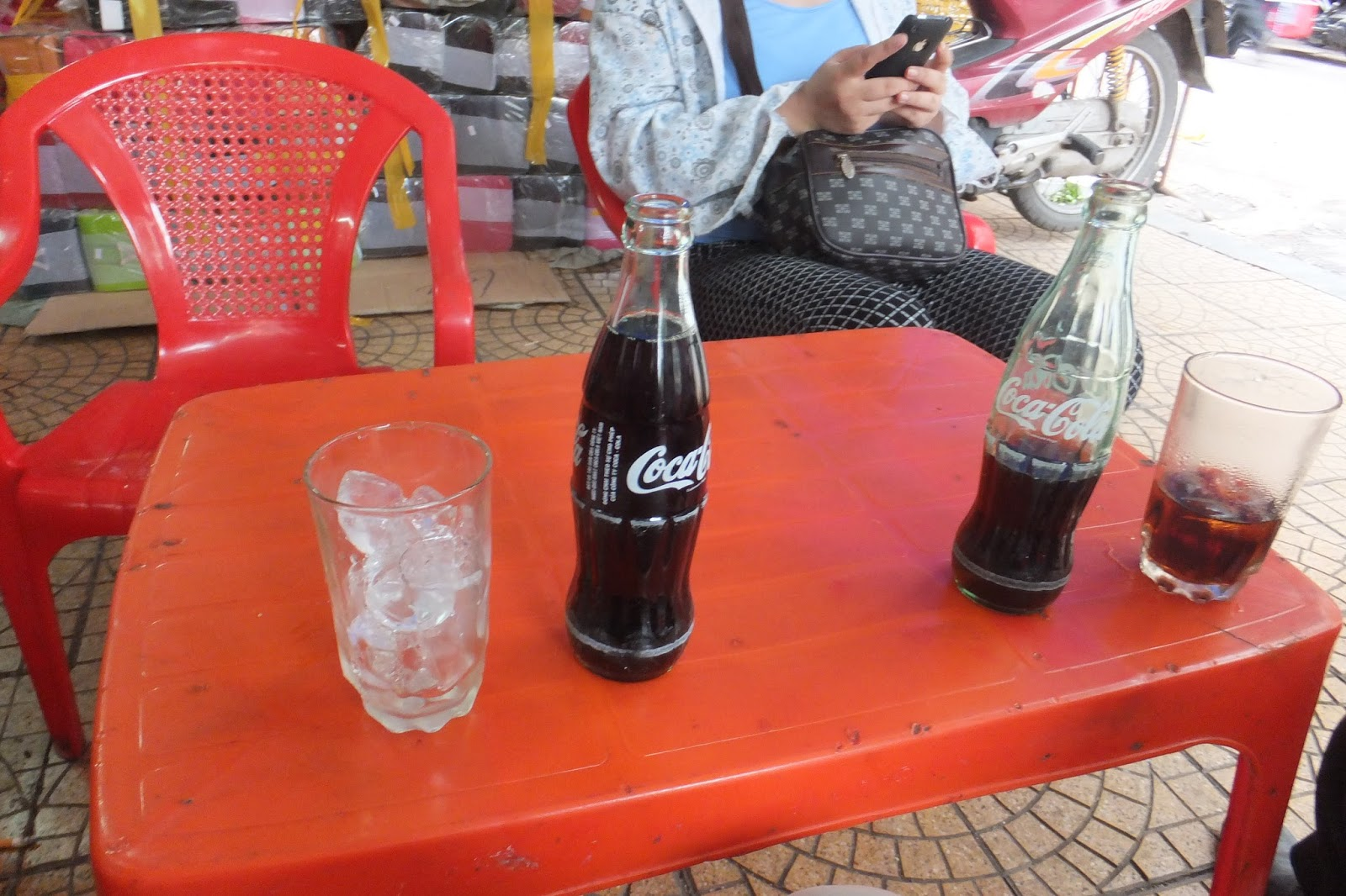bottle-of-cocacola 瓶のコカコーラ