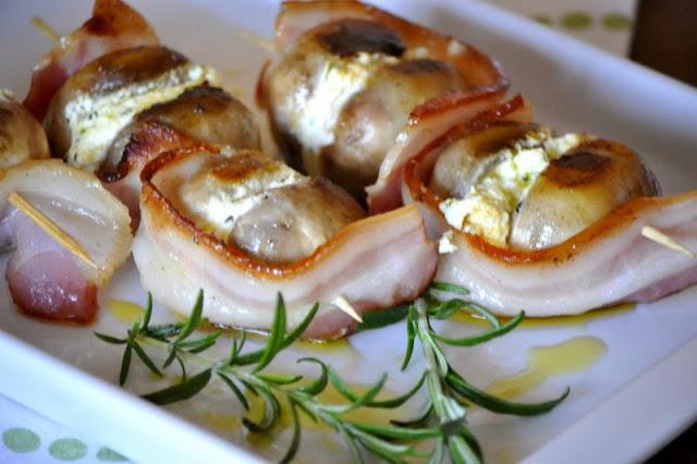 Punjene gljive sa sirom i slaninom