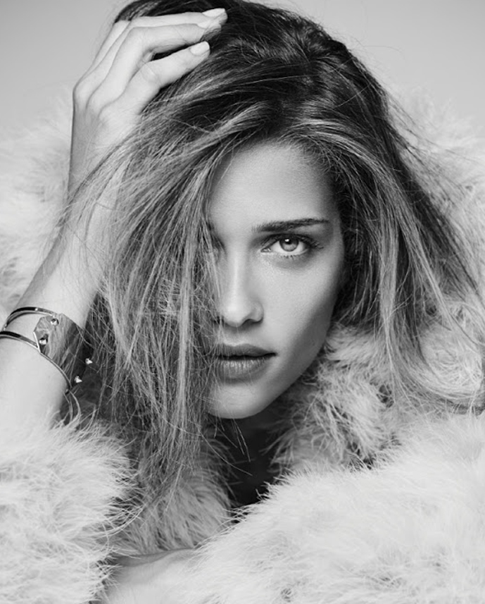 One of my true forever loves... Ana Beatriz Barros in Simply Issue #4 (photography: Gomillion & Leupold, styling: Ise White, makeup: Glenn Marziali) via www.fashionedbylove.co.uk