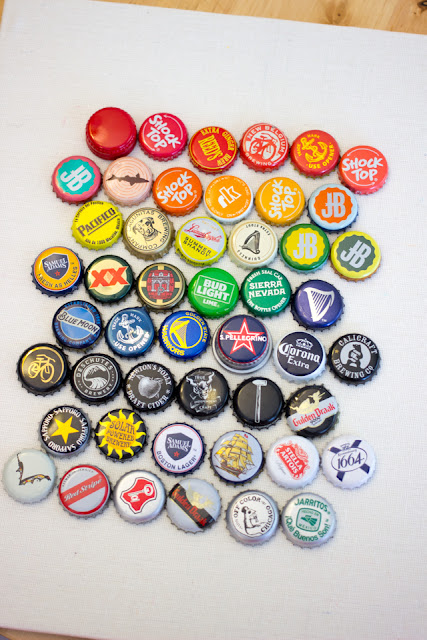 How to make bottle cap art- Super Easy Recycled, DIY Home Decor
