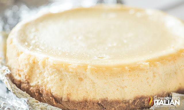 Whole Slow Cooker Cheesecake