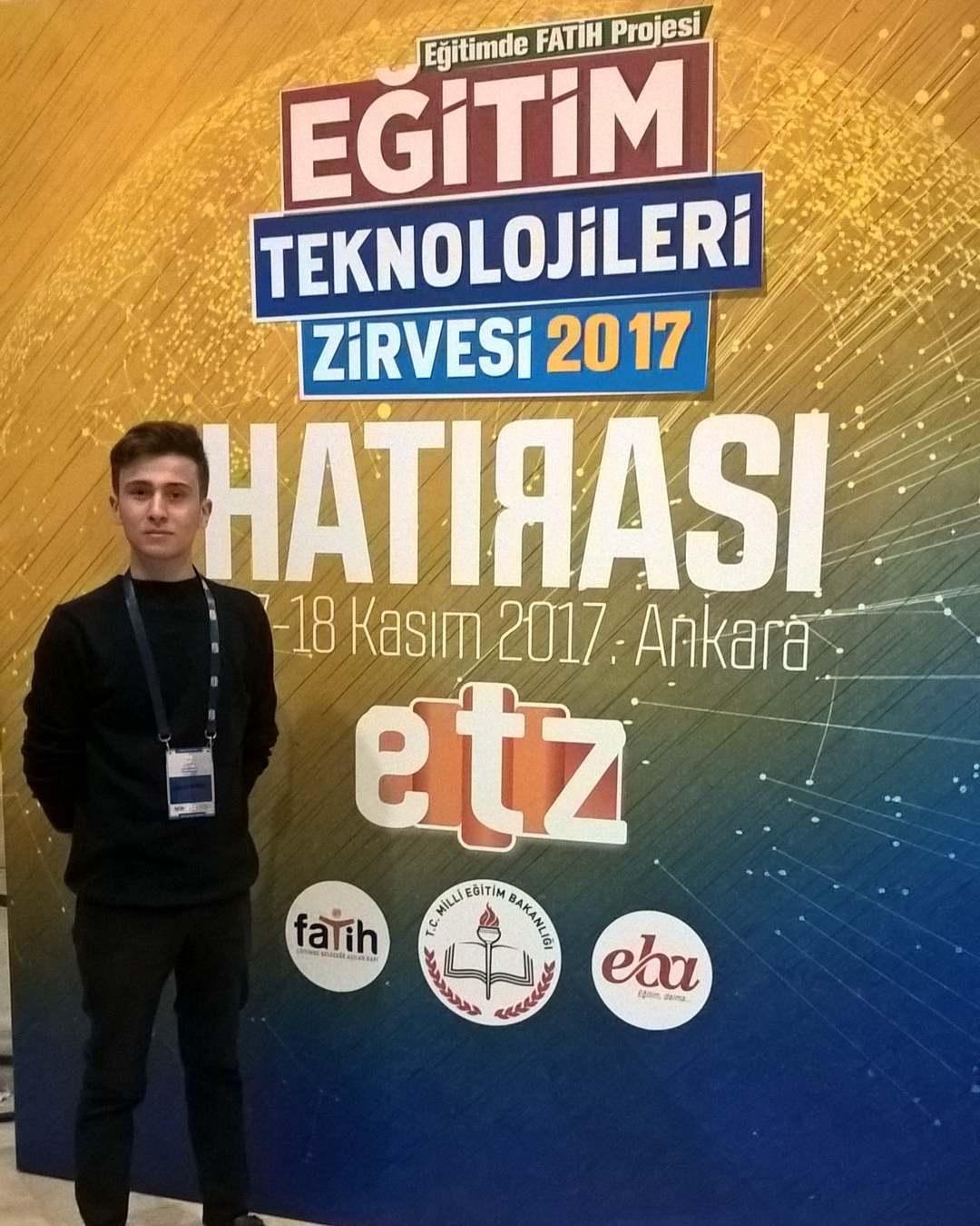 Harun İstenci Ankara'da Fatih ETZ kapsamında tasarladığı ortopedik engelliler için tasarladığı kaşık ile Türkiye 2.si olmuştur.