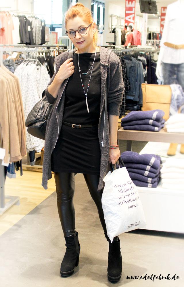 die-edelfabrik-bestes Outfit zum entspannten Shoppen
