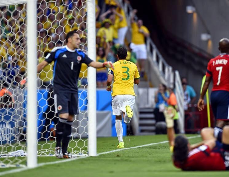 6b5670c94b A equipe criou oportunidades e assustou a zaga brasileira algumas vezes.  Mesmo assim
