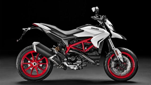 Ducati Hypermotard,  2019, CAUGHT, DUCATI, GOTCHA, HYPERMOTARD, MOTOR, BIKE, MOTORCYCLE, NEW MODELSECRETSNAPPEDSPY SHOT