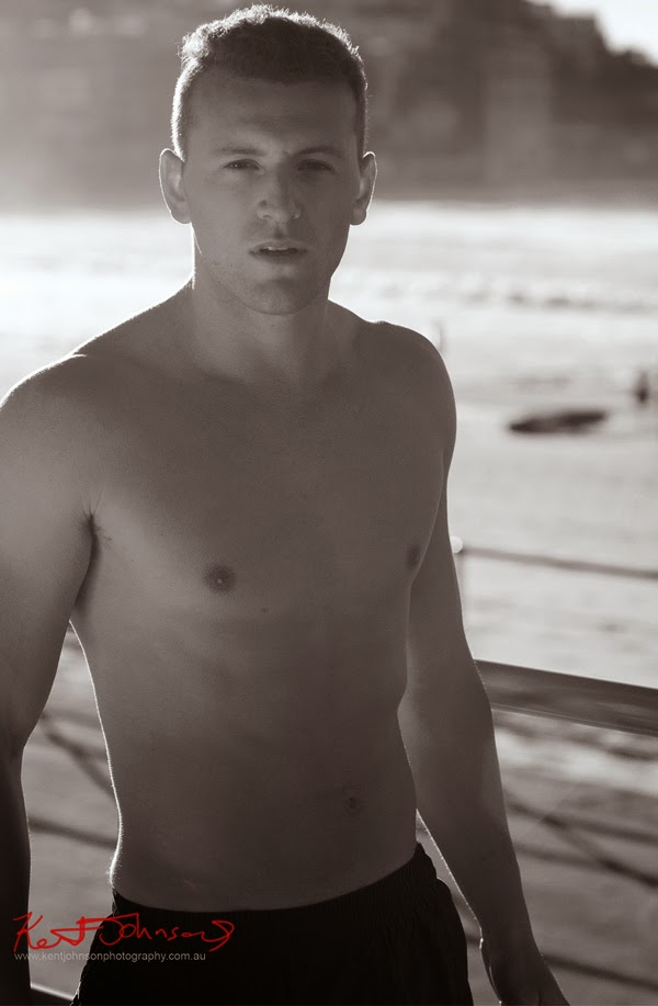 Mid shot in B&W, Promanade, Bondi Beach men's model portfolio by Kent Johnson.