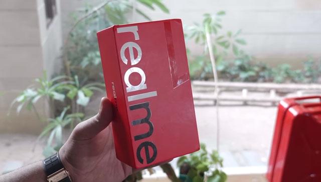 كل ما تود معرفته عن مواصفات و سعر Oppo Realme 1