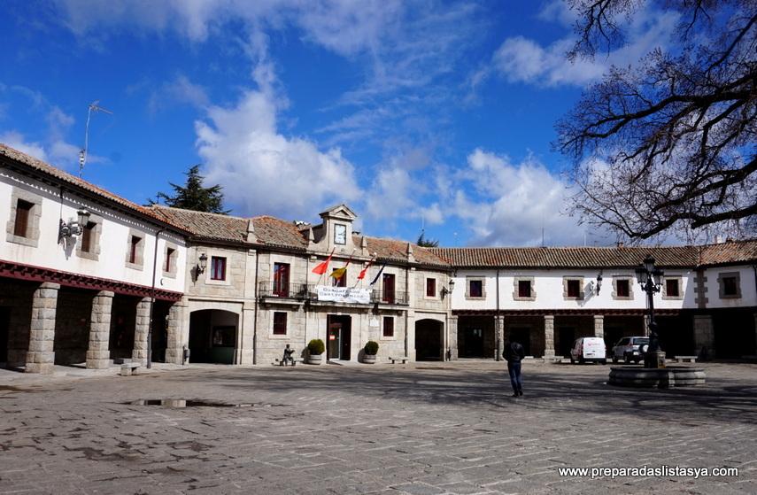 Plaza Mayor Guadarrama