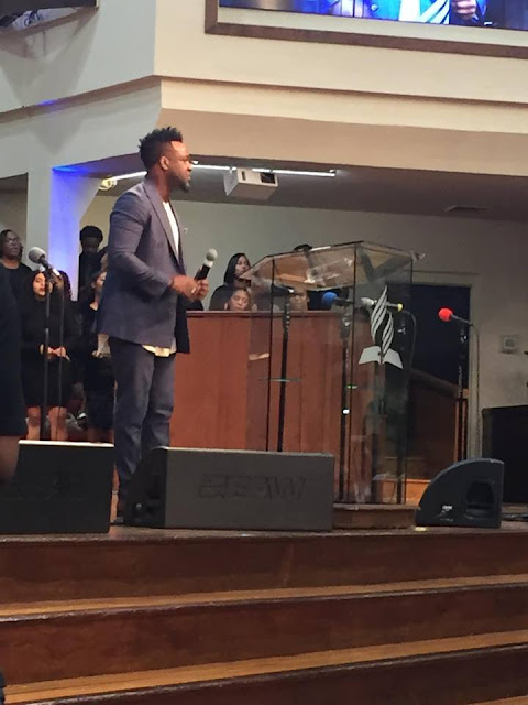 The Old Black Church: Vashawn Mitchell Performace At Oakwood
