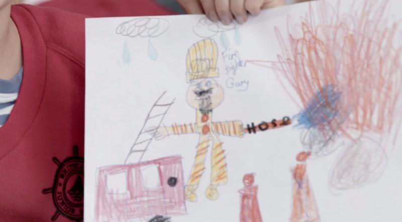 Desenho de um bombeiro