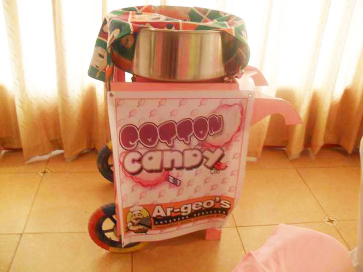 Foxy Mama : IAINE'S 1ST BIRTHDAY IN CANDYLAND!