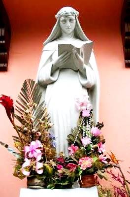 Foto de la estatua de Santa Rosa de Lima