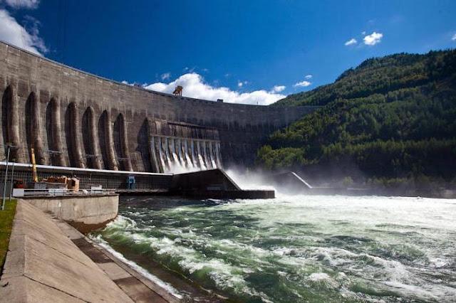 تخزين الطاقة هي واحدة من التحديات الاساسية في ضمان استقرار التغذية الكهربائية واستدامتها