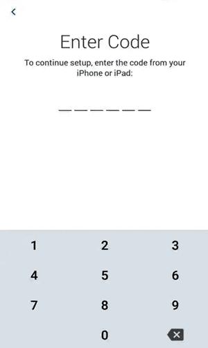 سيطلب منك Android إدخال رمز من جهاز iOS الخاص بك.