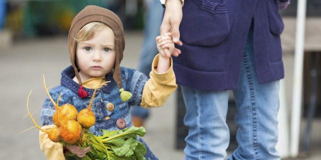 Padres que impongan dieta vegana a hijos irían a la cárcel