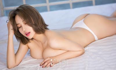 Foto Hot Ai Fei Er Model Cantik Asal Beijing Dengan Payudara Besar