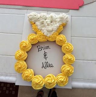 kue cupcake tunangan engagement bentuk cincin