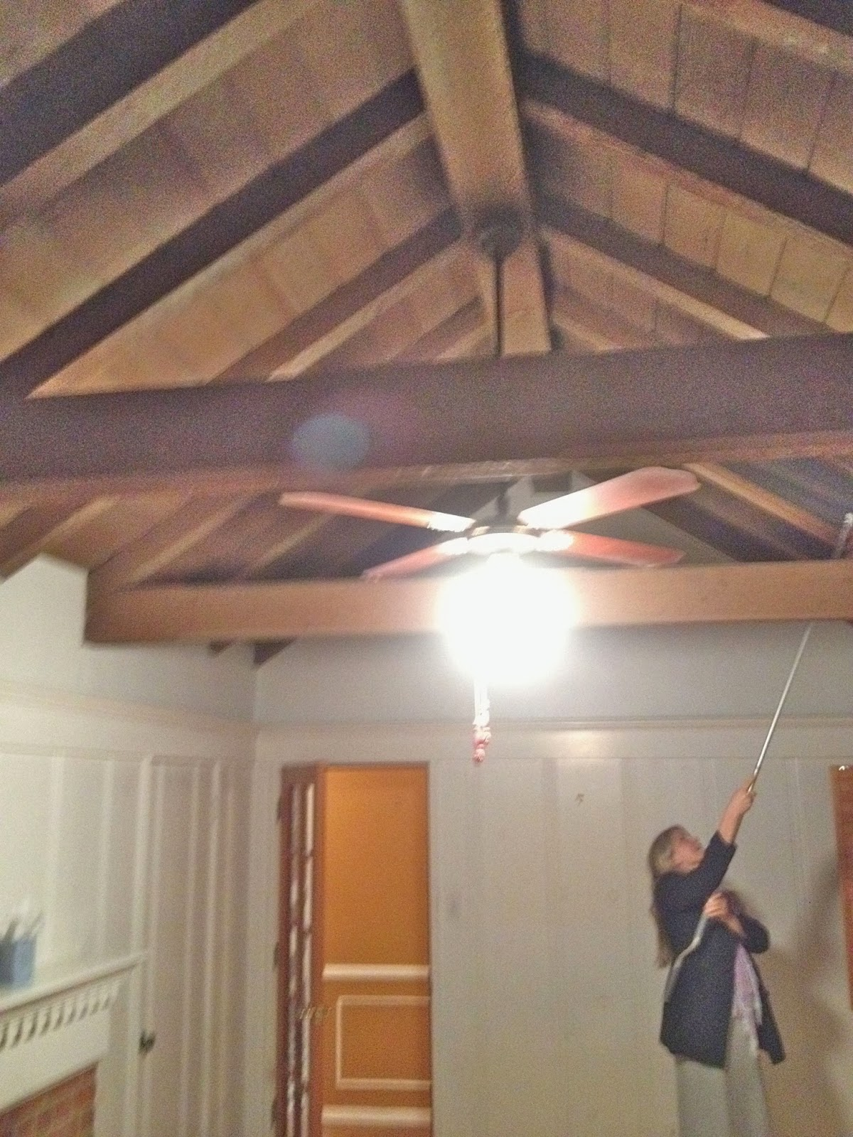 Painting Vaulted Ceilings With Beams | Integralbook.com
