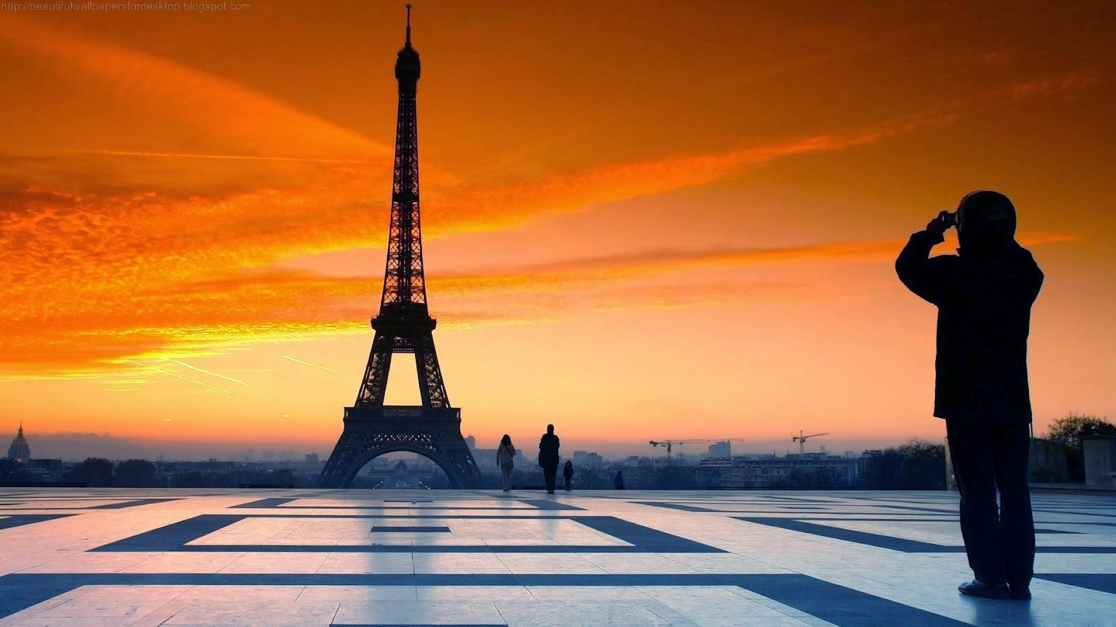 Eiffel Tower Latest Hd Wallpaprs Eiffel Tower Latest 2015