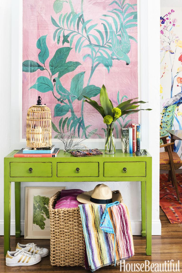 designer schuyler samperton's florida apartment home tour | passuluna