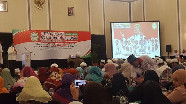 Fix Ijtimak Ulama Capreskan Prabowo dan Ustaz Abdul Somad Sebagai CawapresFix Ijtimak Ulama Capreskan Prabowo dan Ustaz Abdul Somad Sebagai Cawapres