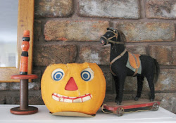 Displaying Halloween Antiques