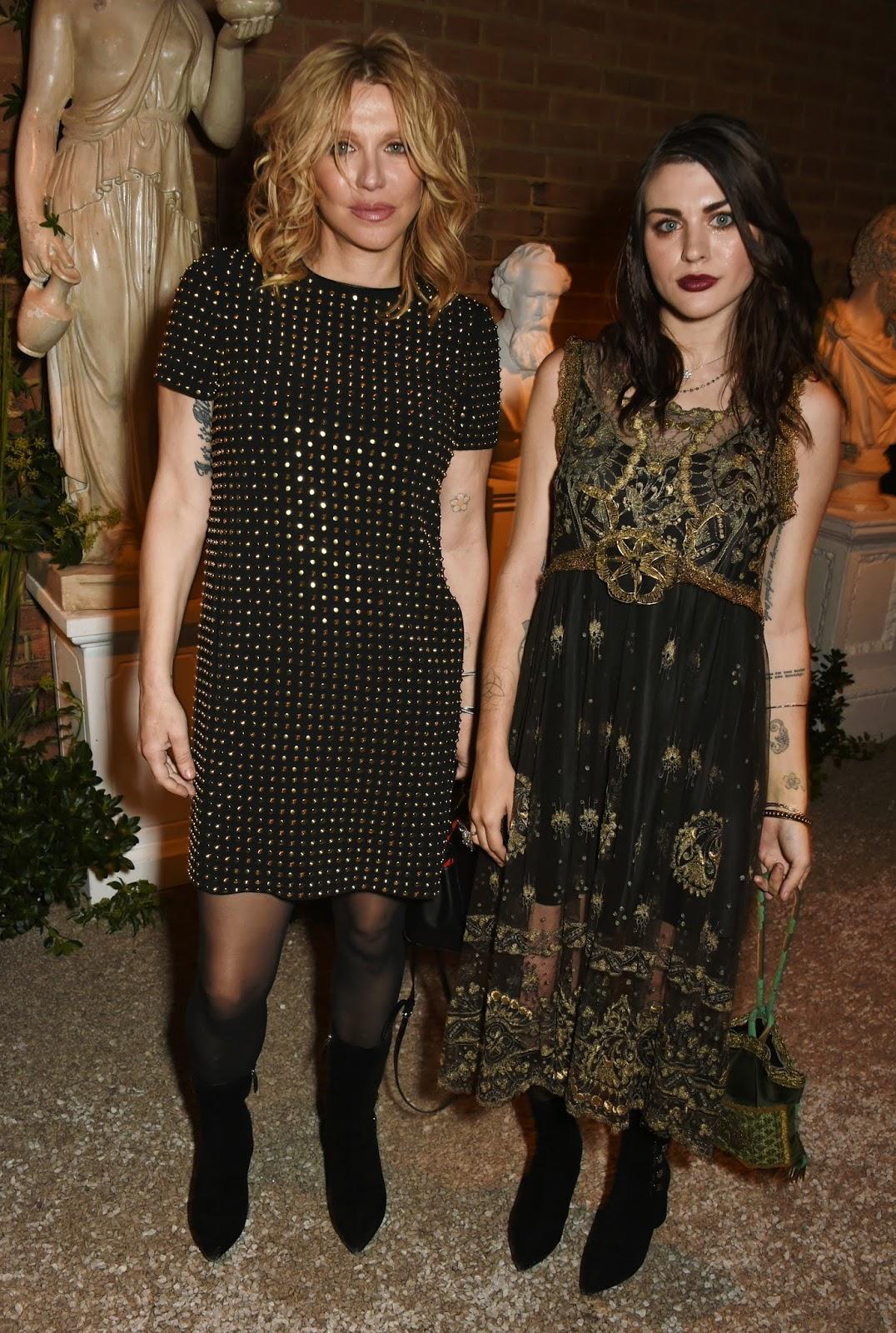 Azra Yates: Courtney Love & Daughter Frances Bean Cobain In