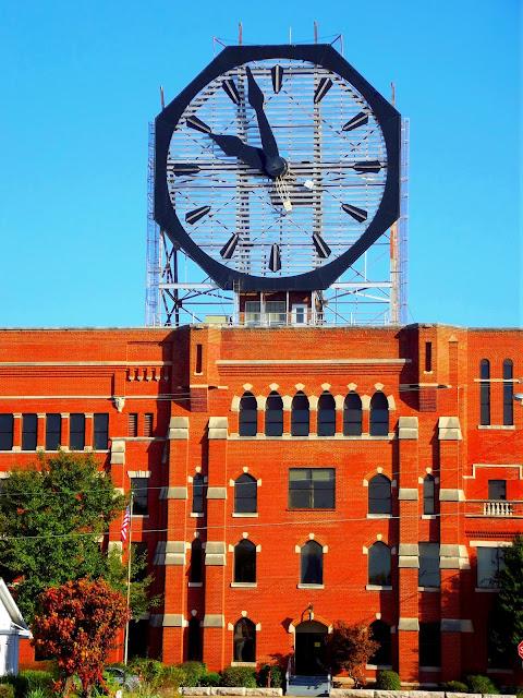 Colgate Clock - Clarksville, Indiana