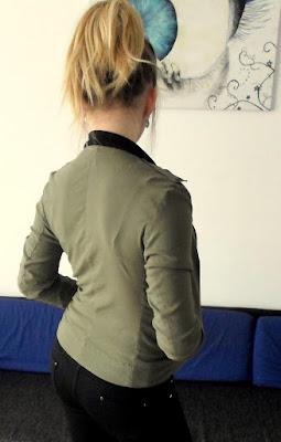 Bomberka khaki czyli przeróbka bluzki DIY // Khaki bomber DIY
