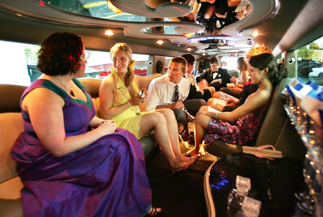Birthday-Parties-Limousine-Service