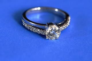 33-anillo-de-diamante-redondo