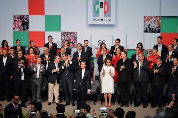 Senadores del PRI proponen aumentar a 20 pesos la gasolina
