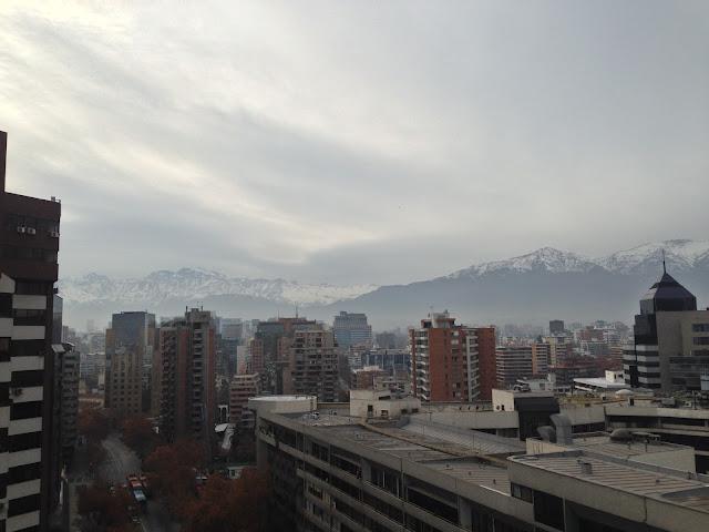 Vista da Cordilheira dos Andes do terraço do apartamento na Av. Nueva Providencia.