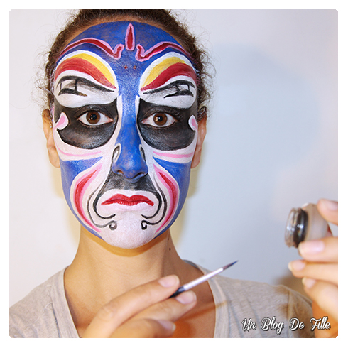 http://unblogdefille.blogspot.fr/2017/04/maquillage-masque-dopera-chinois-art.html