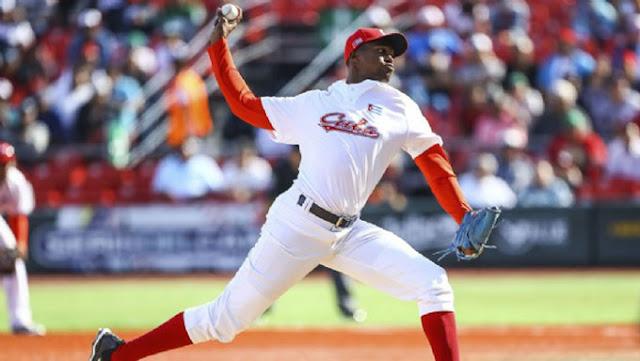 El lanzador Raidel Martínez firmaría con los Dragones de Chunichi, en la Liga Profesional de Japón