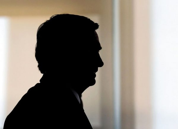 Procura-se um presidente | Estadão