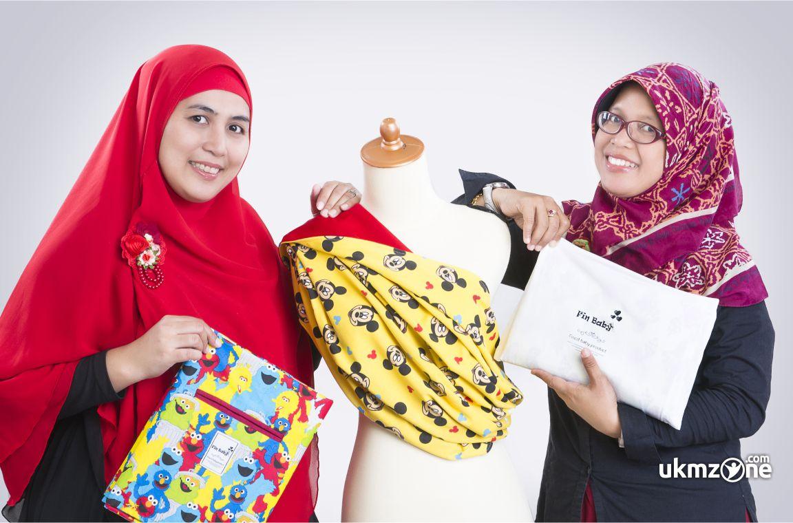 Fin Baby - Gendongan Bayi produk Farah Andalia & Yunnia Diah K craft fashion UMKM UKM IKM Depok | UKM Zone