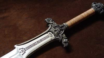 10 Pedang Misterius Paling Terkenal Dalam Sejarah Dan Legenda Dunia