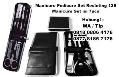 Manicure Set Resleting 126 atau yang bisa disebut juga ( MANICURE SET Ritsleting 126#,  Kikir kuku manicure pedicure set kit, kuku kit, peralatan gunting kuku, Nails Manicure Set, Manicure & Pedicure )