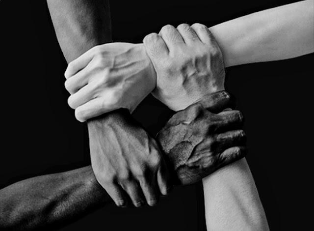 Renungan Harian Kristen BERSATU KITA TEGUH