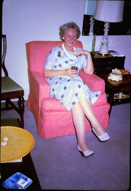 Granny is not a salad dodger - 2 3