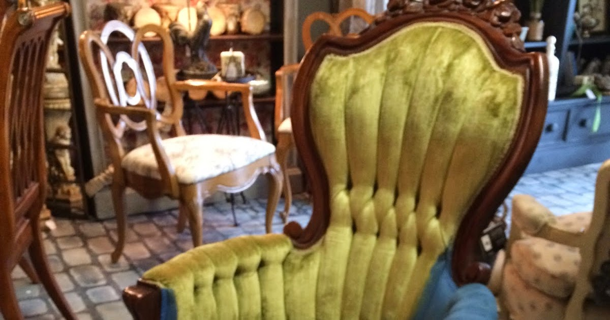 Maison Decor How To Paint Velvet Chairs With Chalk Paint
