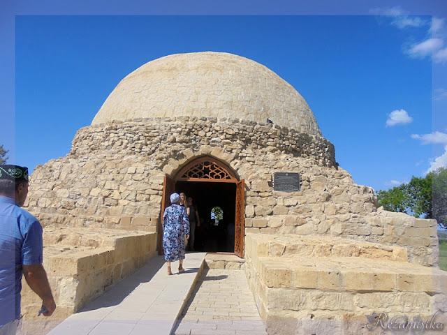 Монастырский погреб, северный мавзолей в Болгарах