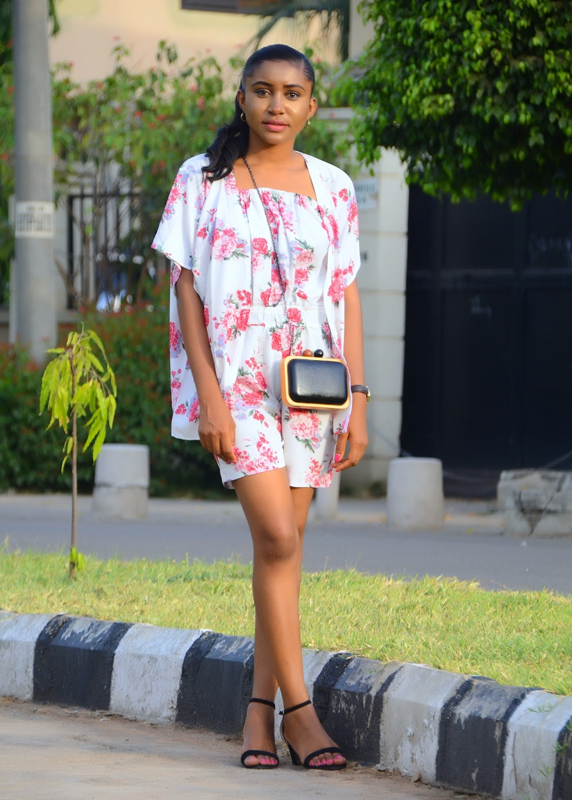 florals, spring florals, kimono, romper, box clutch, low block heeled sandals