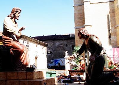 La Unción de Betania. José Ajenjo. Procesión de la Sagrada Cena. León. Foto G. Márquez.